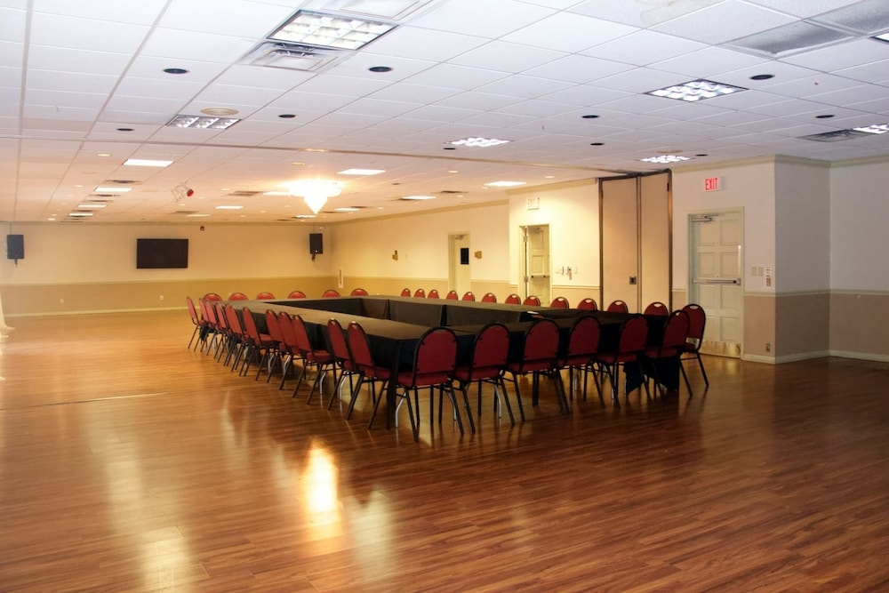Meeting Facility, Winter Haven Gardens Inn and Banquet Center