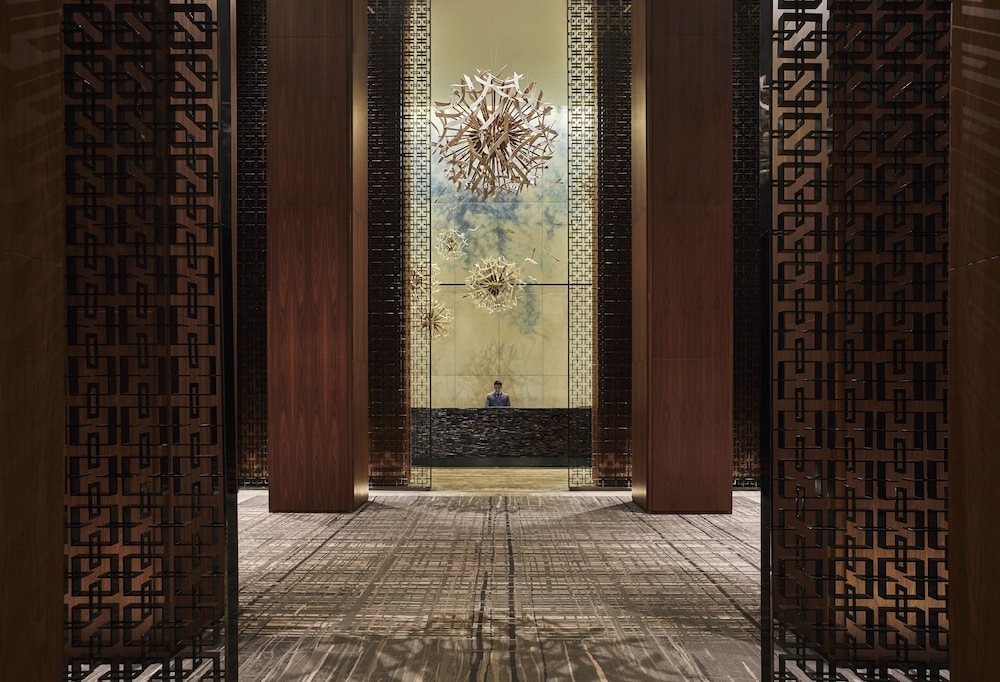 Four Seasons Hotel Toronto: 2019 Room Prices $418, Deals
