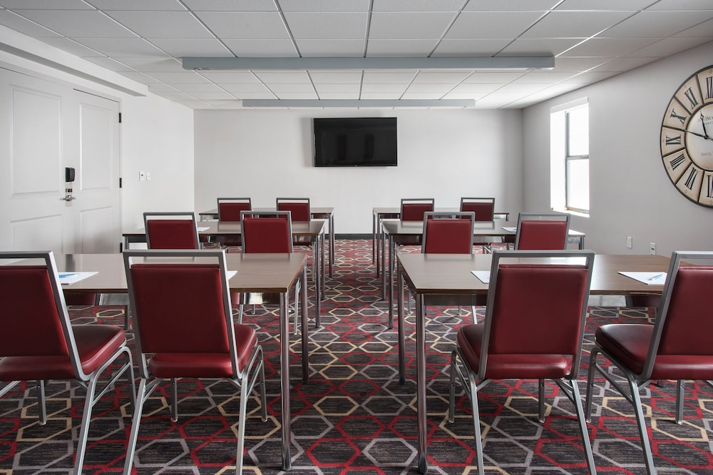 Meeting Facility, Four Points by Sheraton Newburgh Stewart Airport