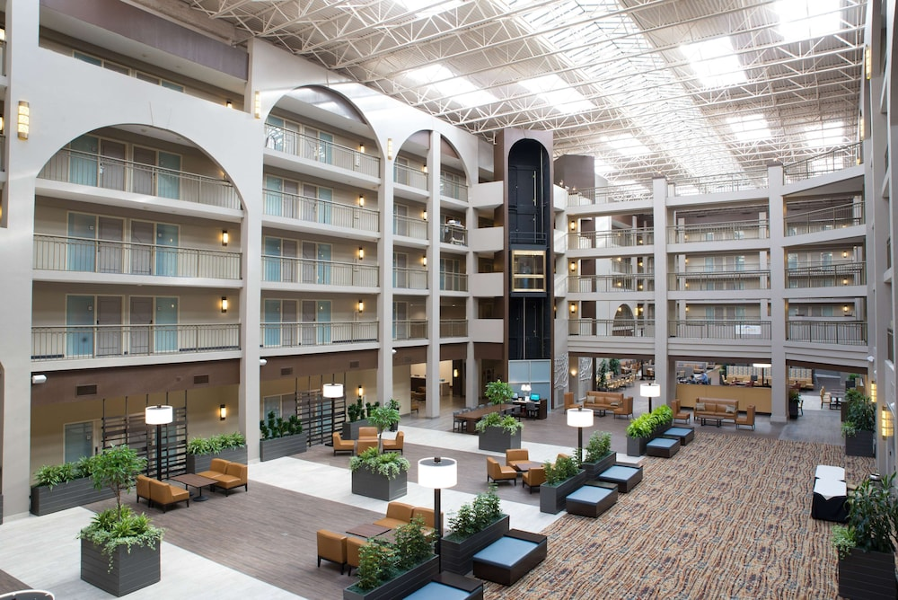 Lobby, Embassy Suites by Hilton Seattle Bellevue