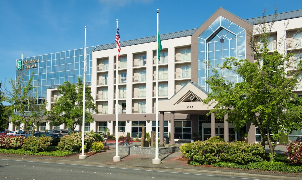 Front of Property, Embassy Suites by Hilton Seattle Bellevue