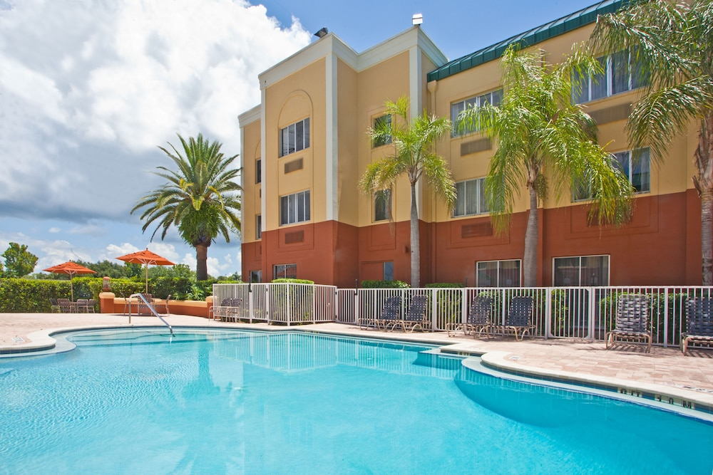 Pool, Holiday Inn Express Clearwater East - Icot Center, an IHG Hotel