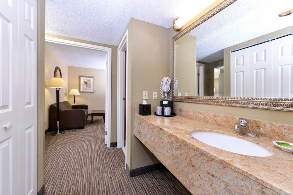 Room Amenity, Holiday Inn Express Clearwater East - Icot Center, an IHG Hotel