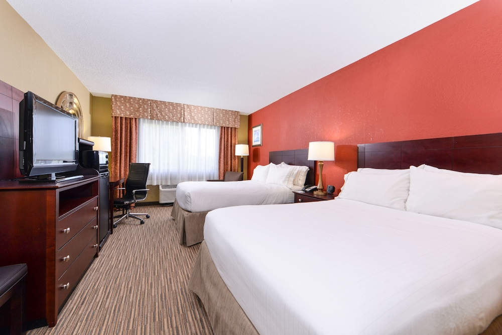 Room, Holiday Inn Express Clearwater East - Icot Center, an IHG Hotel