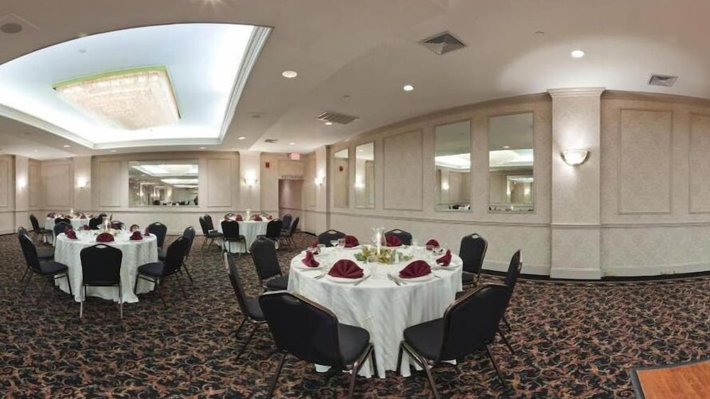 Banquet Hall, Clarion Hotel & Conference Center