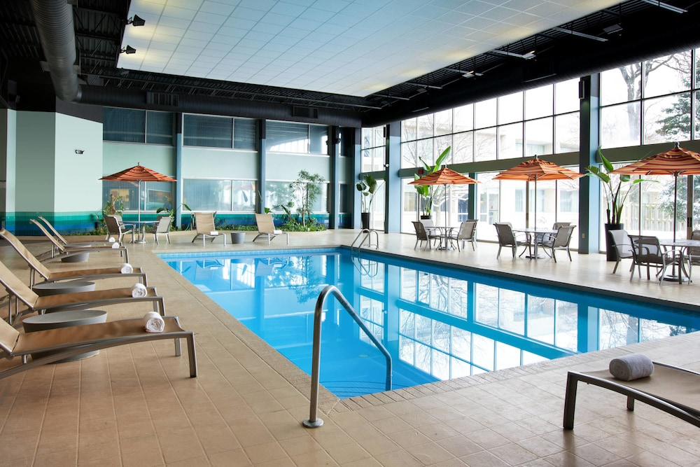Indoor Pool, Sheraton Cleveland Airport Hotel
