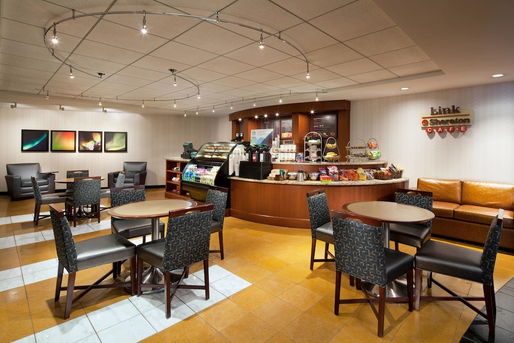 Coffee Shop, Sheraton Cleveland Airport Hotel
