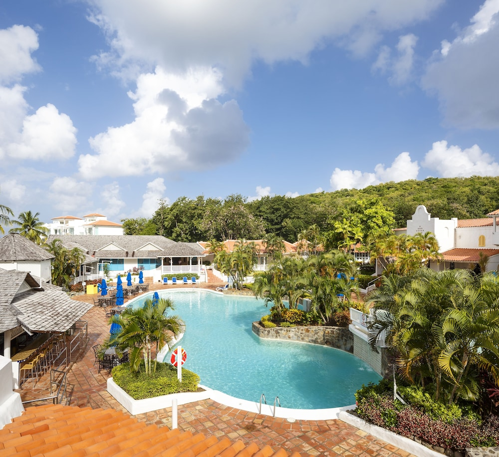 Outdoor Pool, Windjammer Landing Villa Beach Resort