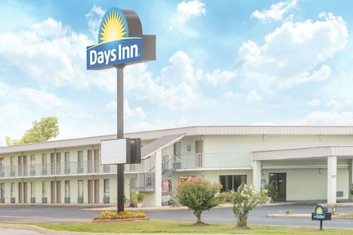 Days Inn by Wyndham Ripley