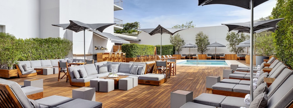 Sundeck, Mr. C Beverly Hills