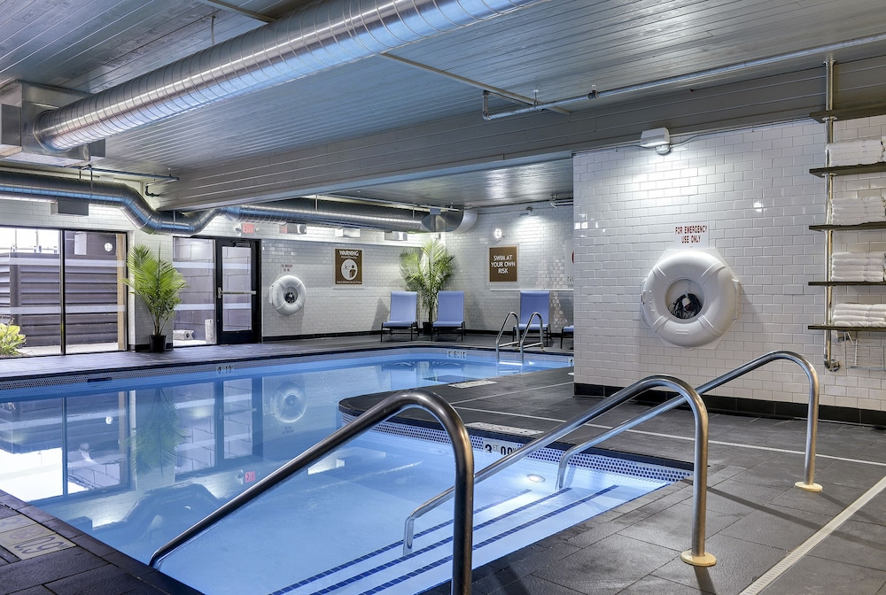 Indoor Pool, Four Points by Sheraton Mall of America Minneapolis Airport
