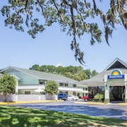 Days Inn by Wyndham Savannah - Abercorn Southside