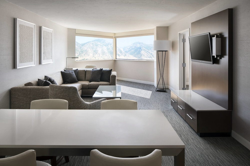 Room, Provo Marriott Hotel & Conference Center