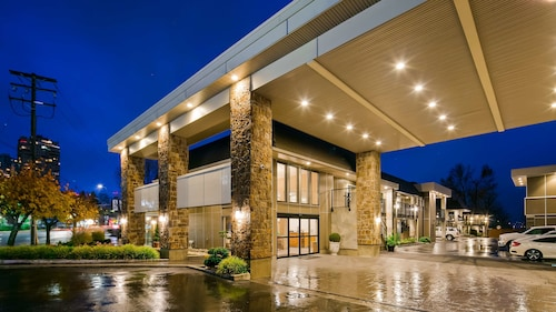 Best Western Plus Burnaby Hotel