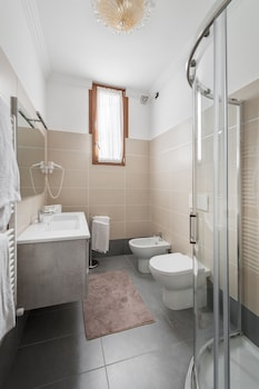 Apartment, 2 Bedrooms, Canal View, Annex Building - Bathroom