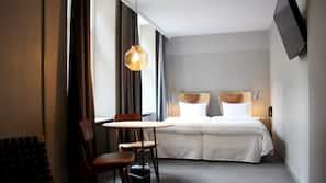 Allergikerbettwaren, Daunenbettdecken, Zimmersafe, Schreibtisch