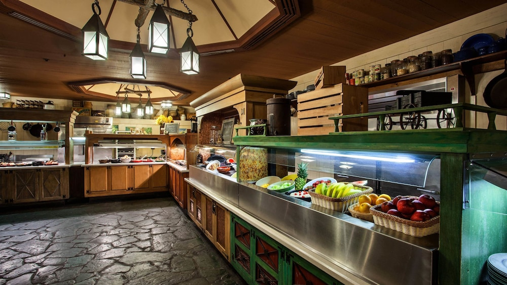 Breakfast buffet, The Cabins at Disney's Fort Wilderness Resort