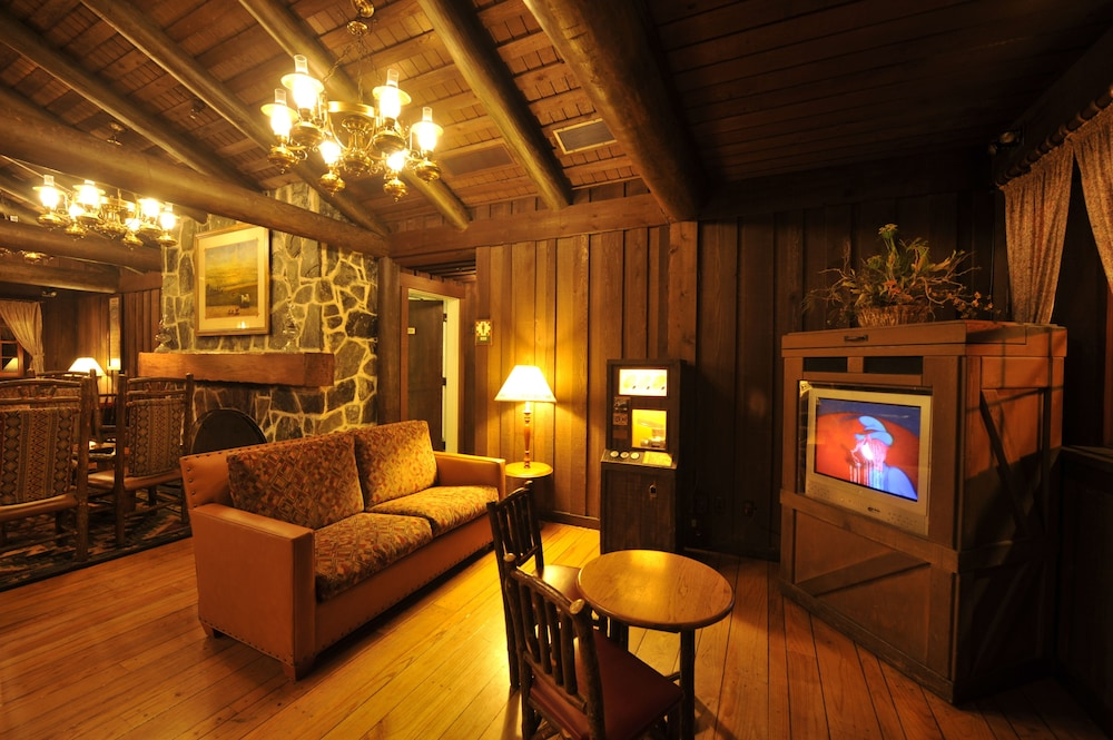 Lobby, The Cabins at Disney's Fort Wilderness Resort