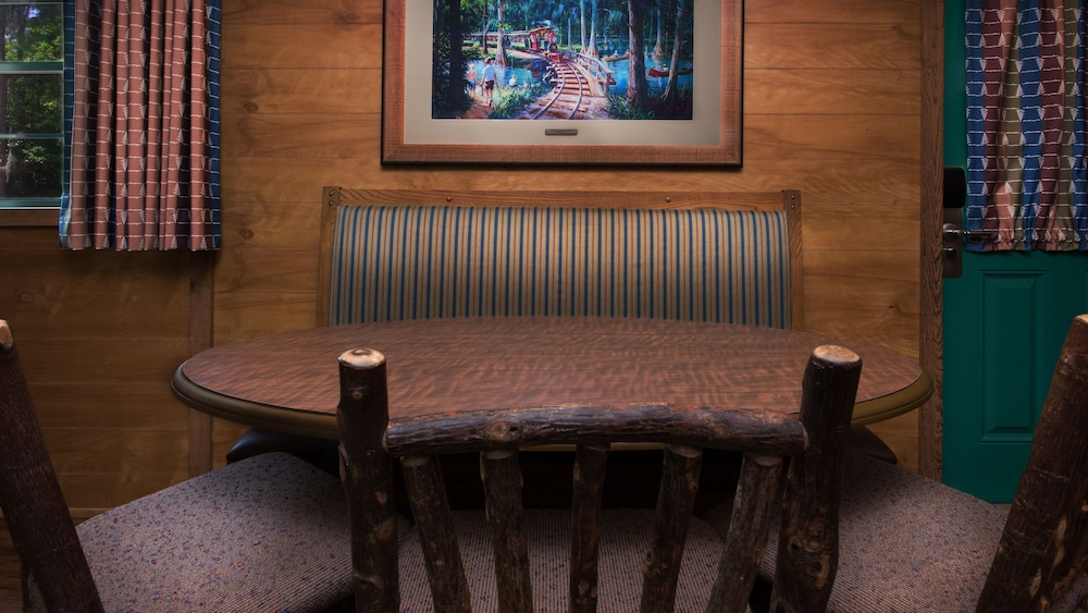 In-Room Dining, The Cabins at Disney's Fort Wilderness Resort