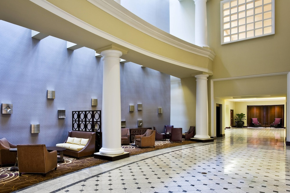 Sheraton Indianapolis Hotel At Keystone Crossing 4 0 Out Of 5 Exterior Featured Image Lobby