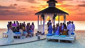 Private beach, white sand, beach cabanas, sun-loungers