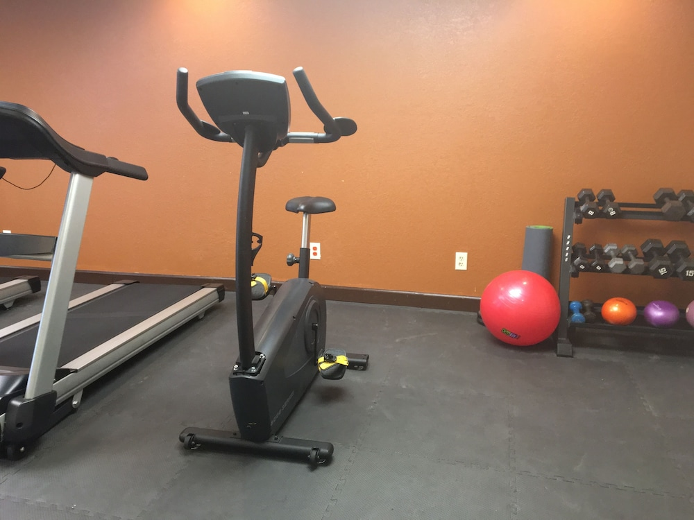 Sports Facility, Hawthorn Suites by Wyndham Grand Rapids, MI