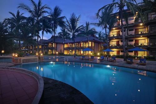Lombok Resorts