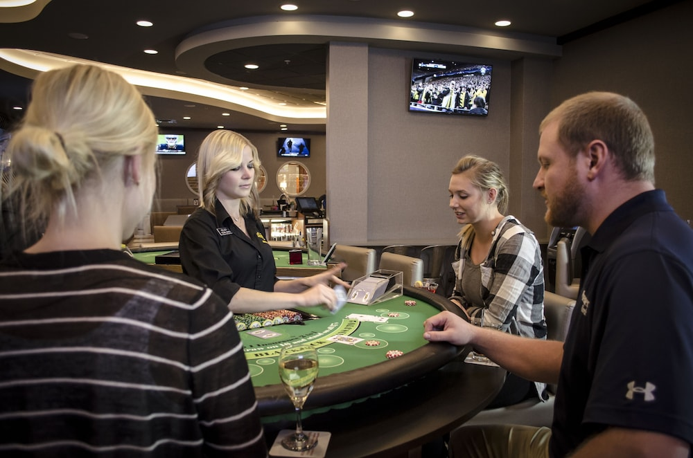 Casino, Holiday Inn Fargo