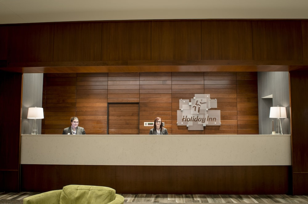 Lobby, Holiday Inn Fargo