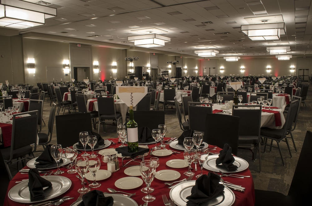 Ballroom, Holiday Inn Fargo