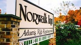 Norwalk Inn and Conference Center - Norwalk Hotels