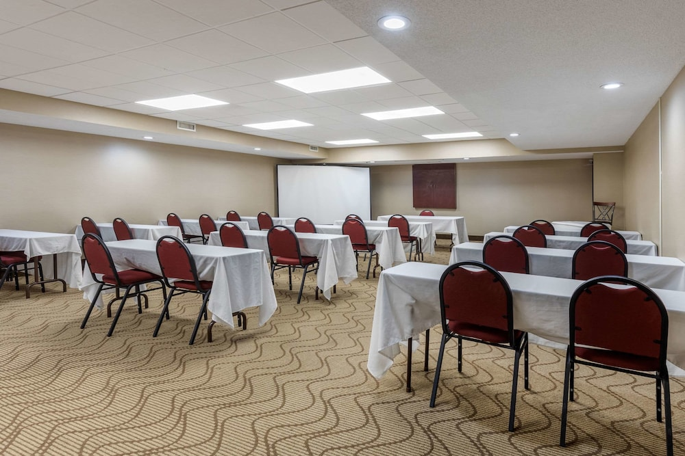 Meeting Facility, Comfort Inn Arlington Heights-OHare Airport