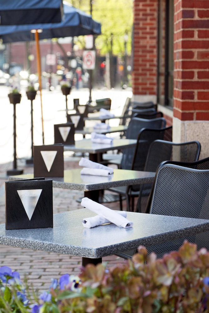 Outdoor Dining, The Bostonian Boston