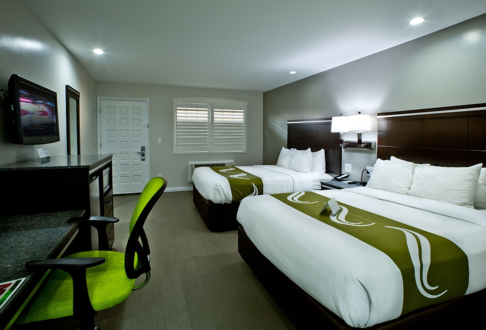Rooms To Go Oakland Park Blvd