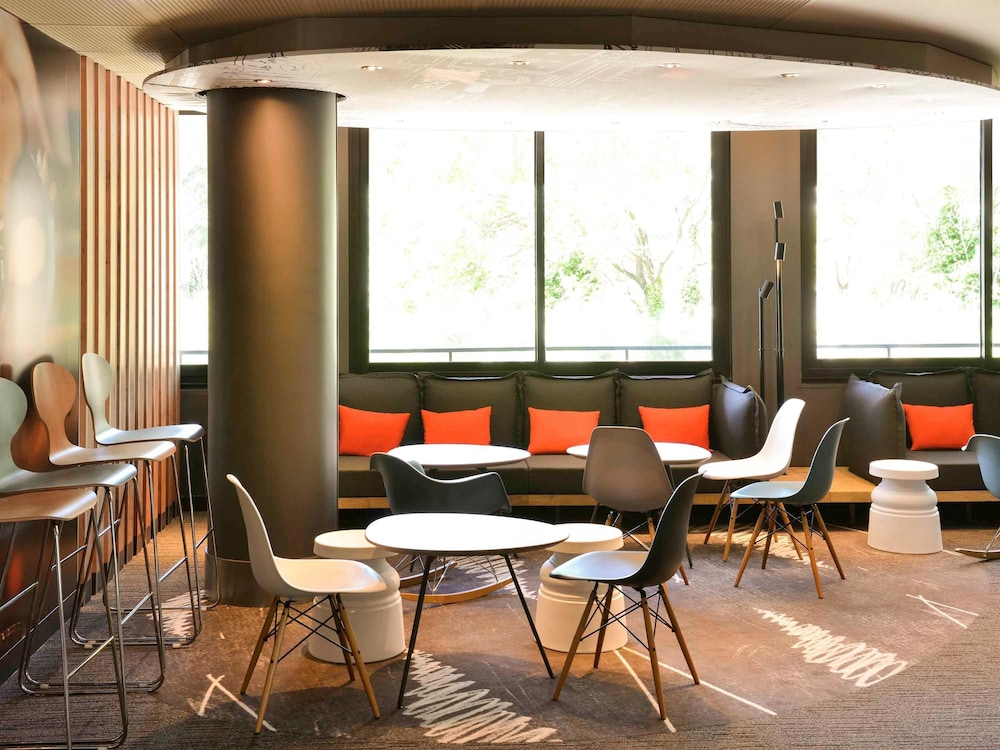 ibis avignon centre gare deals reviews avignon france wotif. Black Bedroom Furniture Sets. Home Design Ideas