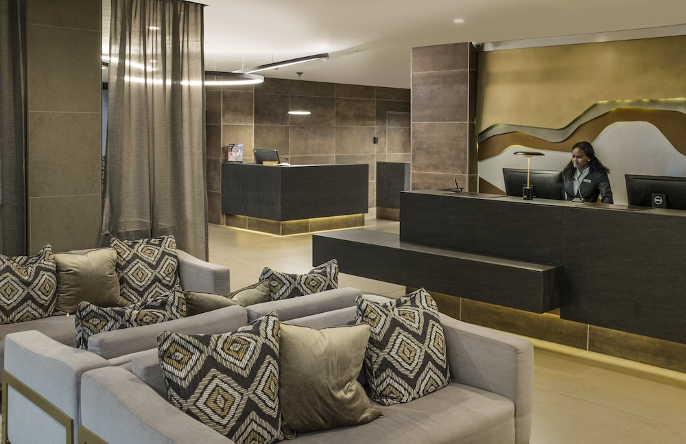 Lobby Sitting Area, Avani Windhoek Hotel & Casino