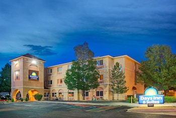 Days Inn Suites Airport Albuquerque