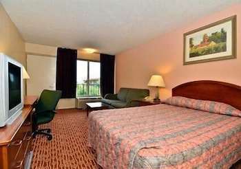 Room, Econo Lodge Colonial Heights I-95