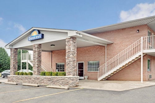 Days Inn by Wyndham Joelton/Nashville