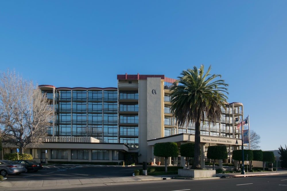 Featured Image, Oakland Airport Executive Hotel