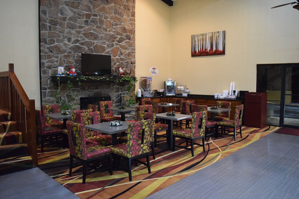 Lobby Lounge, Super 8 by Wyndham Paragould