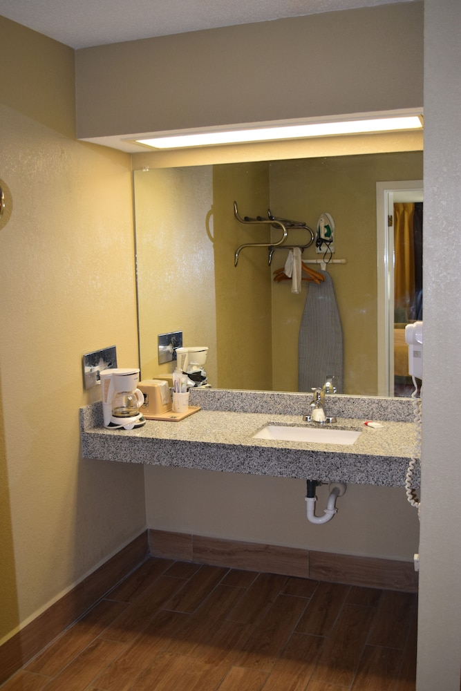 Bathroom Sink, Super 8 by Wyndham Paragould