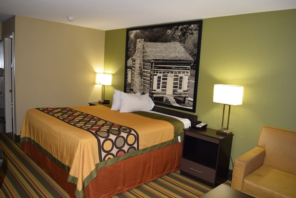 Room, Super 8 by Wyndham Paragould