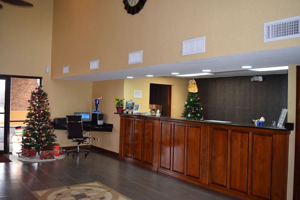 Reception, Super 8 by Wyndham Paragould
