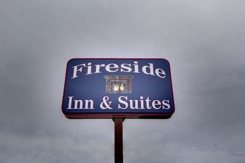 Great Place to stay Fireside Inn & Suites near Devils Lake