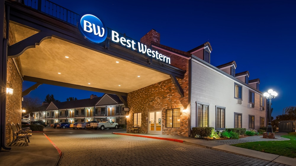 Featured Image, Best Western Country Inn