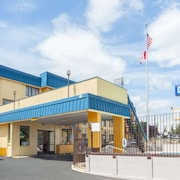 Days Inn by Wyndham Bellingham