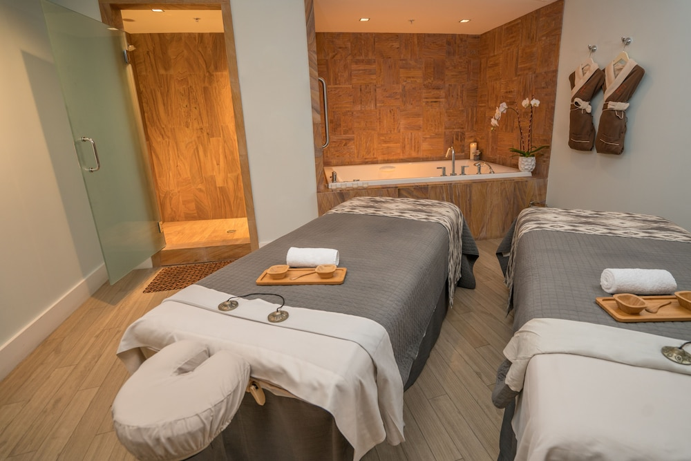Treatment Room, Eden Roc Miami Beach
