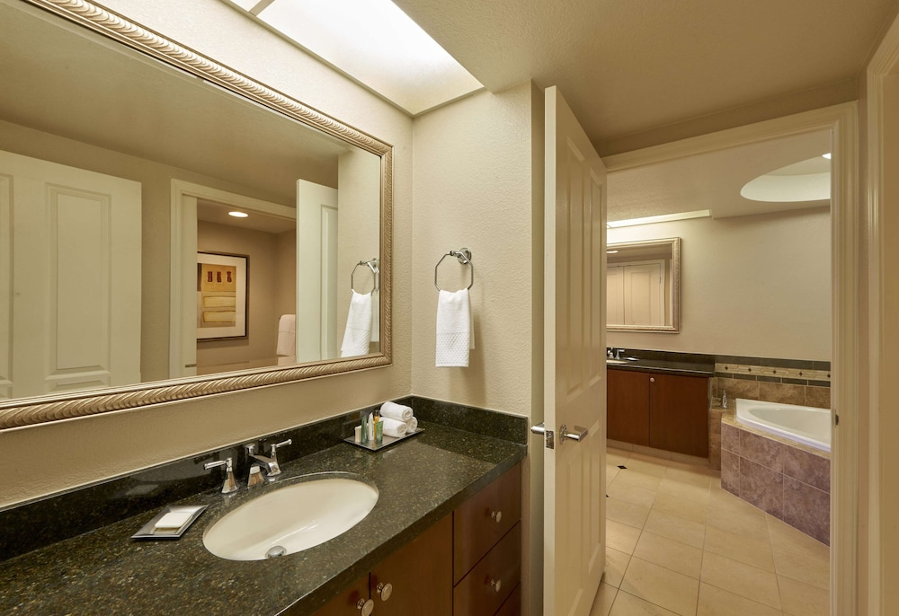 Bathroom, Hilton Grand Vacations at The Flamingo