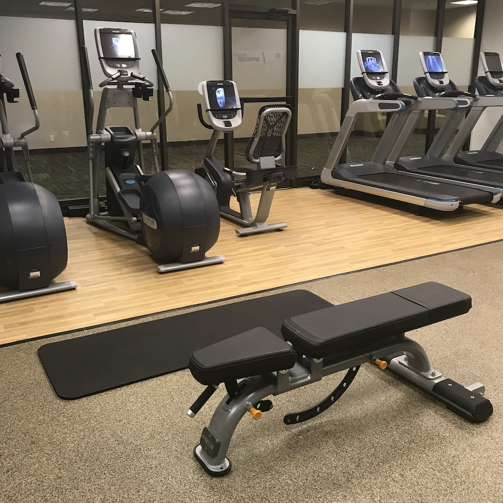 Fitness Facility, DoubleTree by Hilton Omaha Downtown
